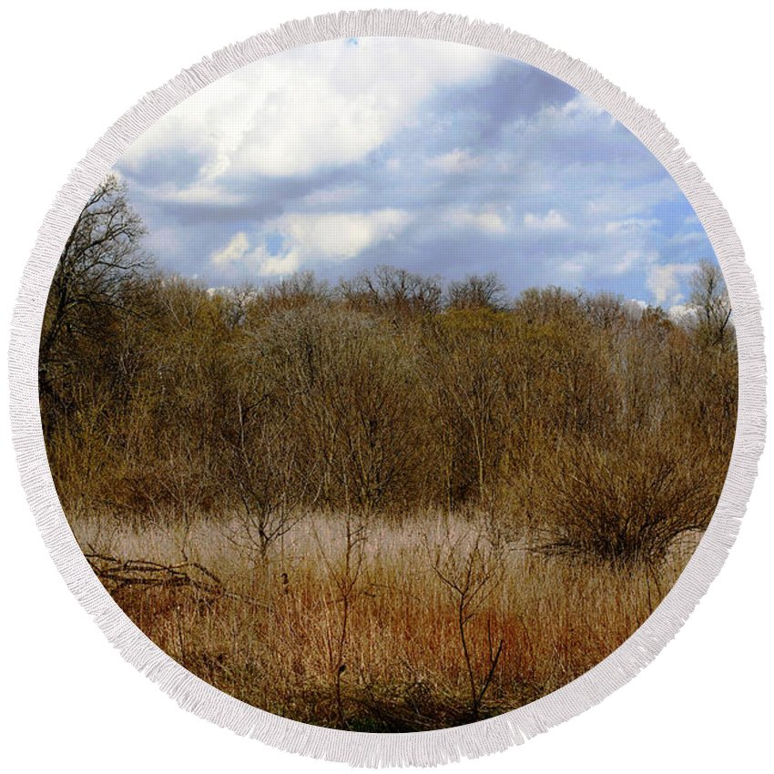 Art Round Beach Towel featuring the photograph Unspoiled Prairie Landscape by Alan Look