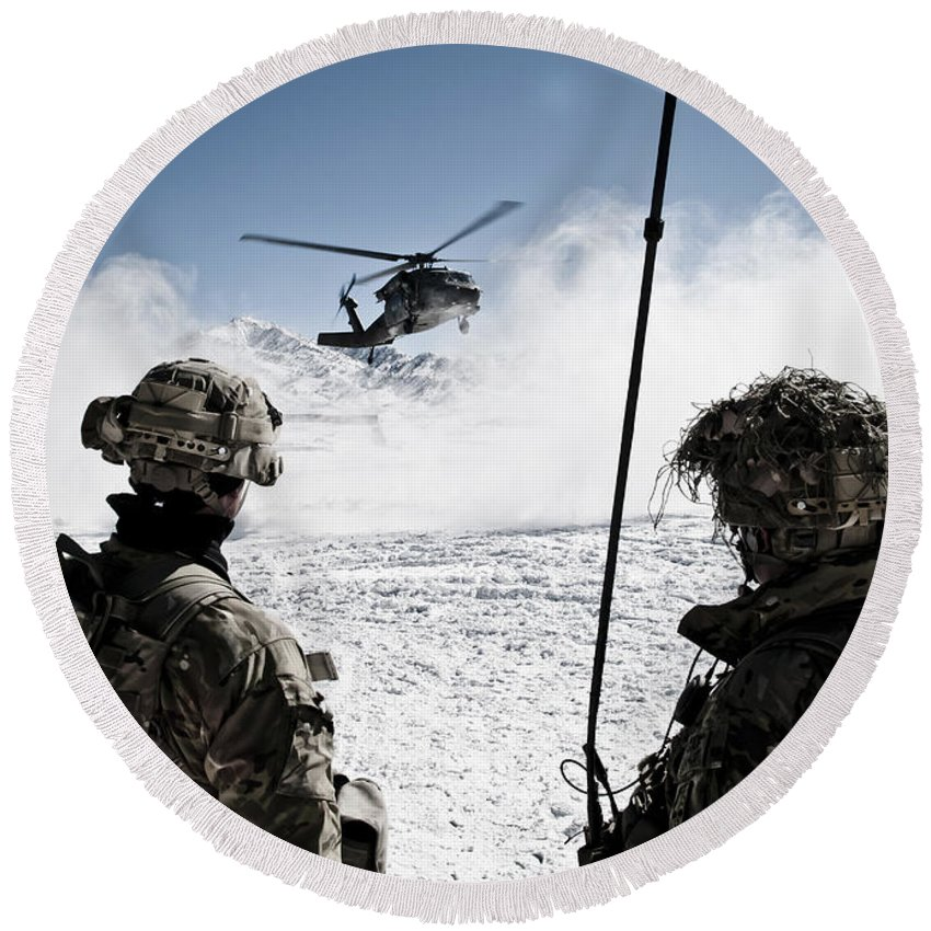 Marzak Round Beach Towel featuring the photograph U.s. Army Soldiers Watch The Arrival by Stocktrek Images