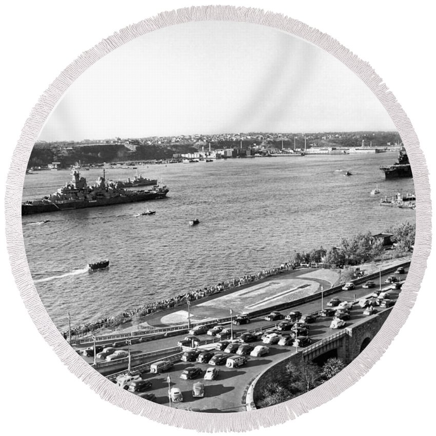 1940's Round Beach Towel featuring the photograph U.s. Navy In The Hudson River by Underwood Archives
