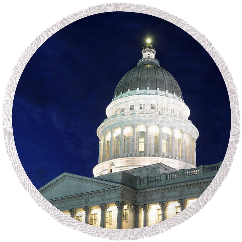 Utah Capitol Round Beach Towel featuring the photograph Utah Capitol Building At Twilight by Gary Whitton