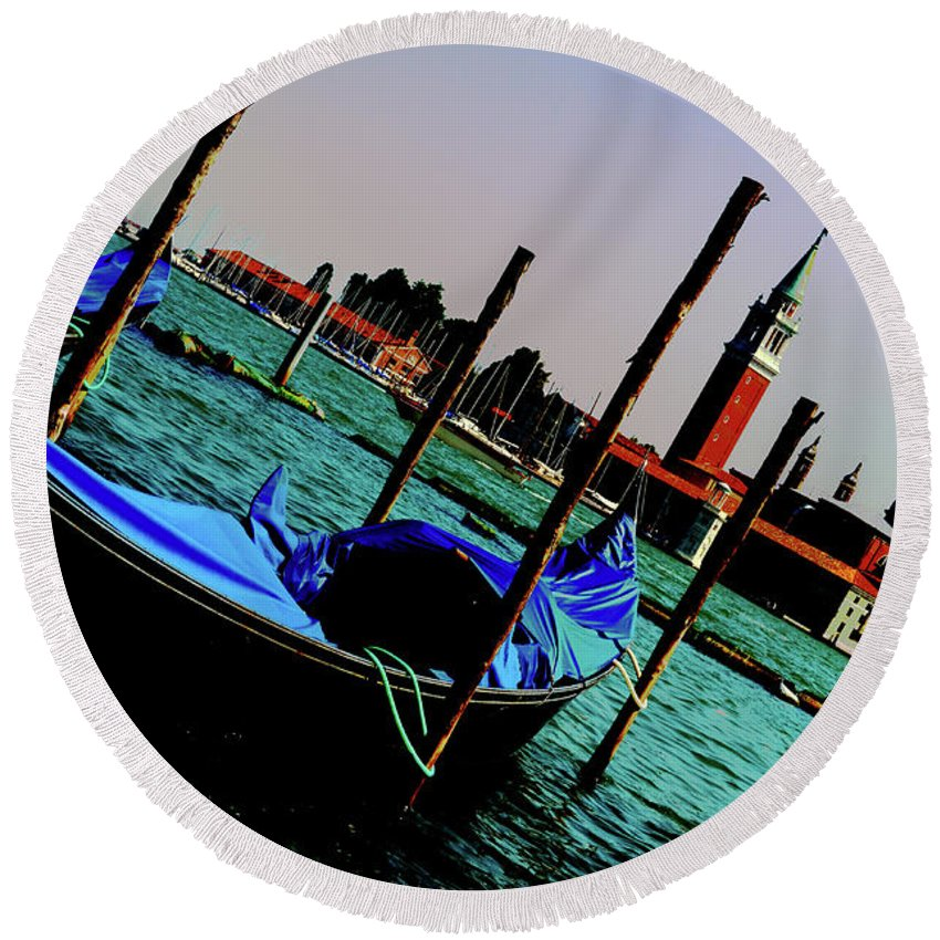 Italy Round Beach Towel featuring the photograph Venice In Color by La Dolce Vita
