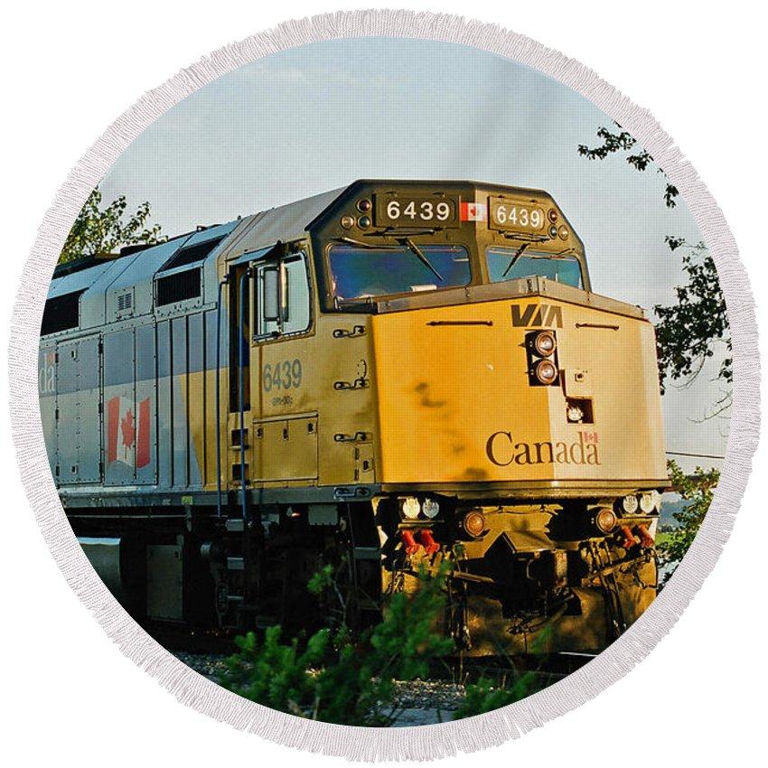Trains Round Beach Towel featuring the photograph Via Rail Engine by Randy Harris