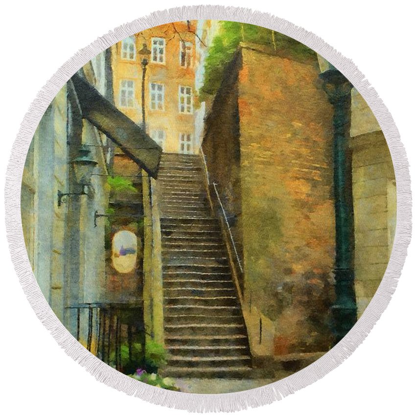 Stone Round Beach Towel featuring the painting Viennese Side Street by Jeffrey Kolker
