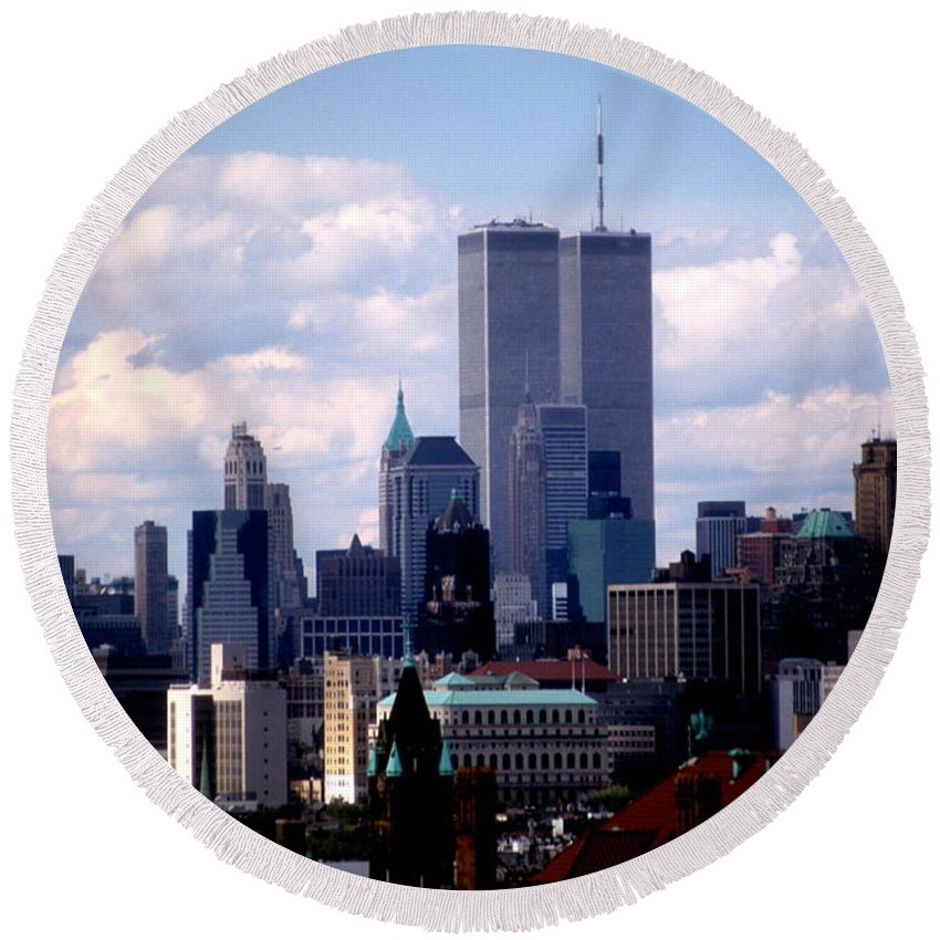 Wtc Round Beach Towel featuring the photograph View From The Soldiers And Sailors Arch Brooklyn by Mark Gilman
