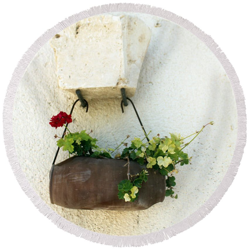 Flower Round Beach Towel featuring the photograph Waiting For The Meeting by Munir Alawi