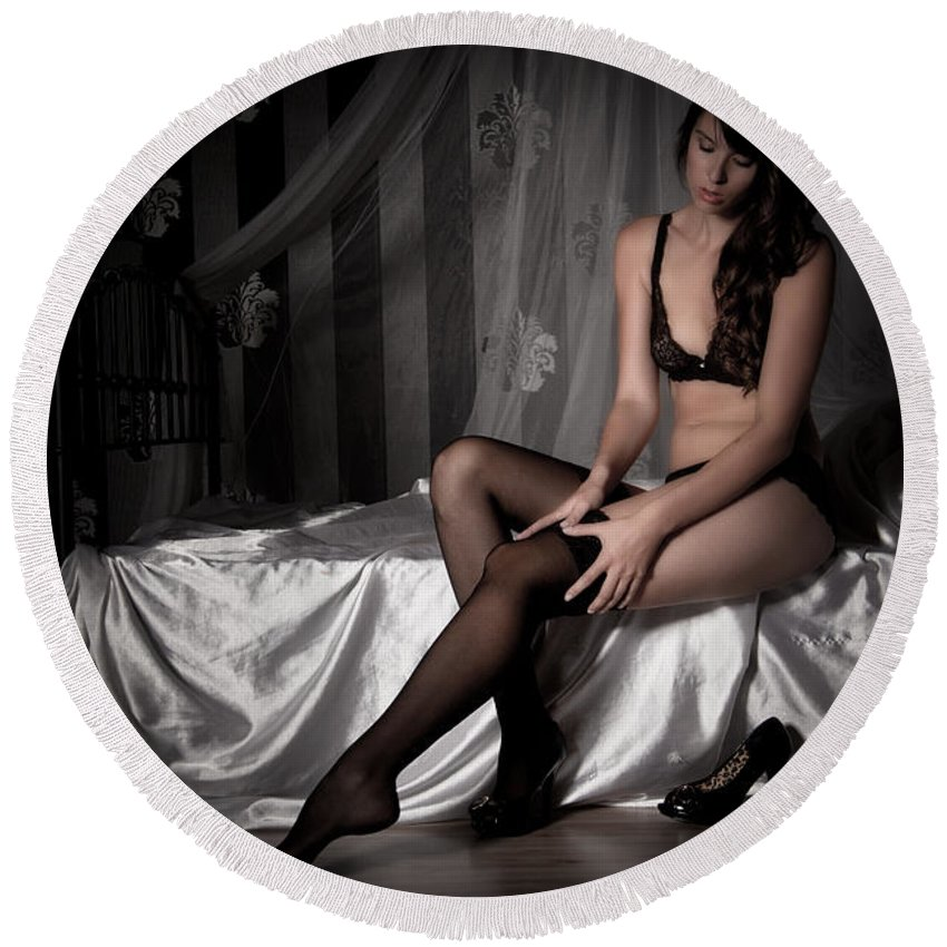 Erotic Round Beach Towel featuring the photograph Waiting by Ralf Kaiser