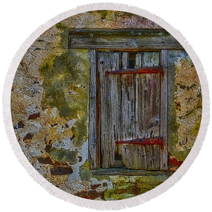 Window Round Beach Towel featuring the photograph Weathered Vibrancy by Susan Candelario