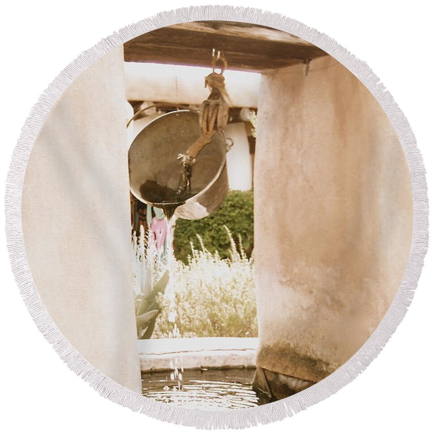 Well Round Beach Towel featuring the photograph Well by Nancy Patterson