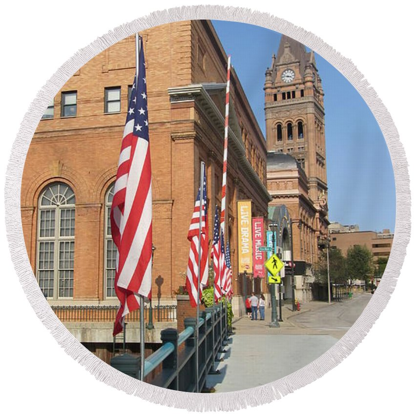 Milwaukee Round Beach Towel featuring the photograph Wells Street Theater District City Hall And Flags by Anita Burgermeister