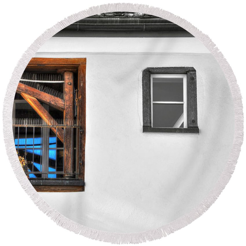 Window Round Beach Towel featuring the photograph Window With A Lift by Mats Silvan