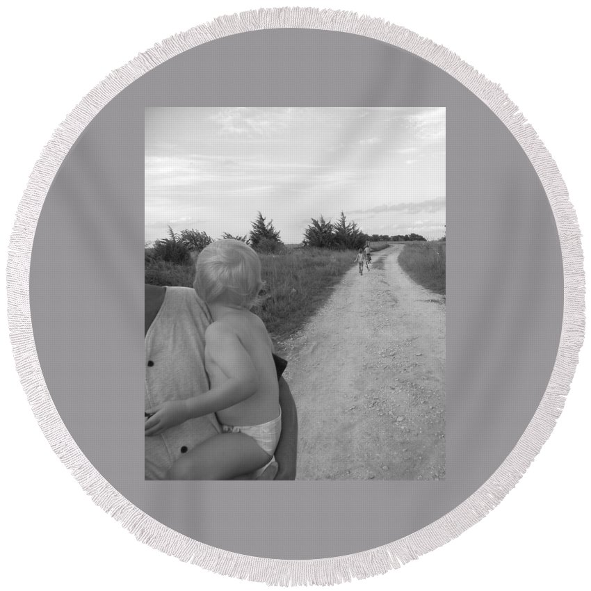 Wistful Round Beach Towel featuring the photograph Wistful by Sheri Lauren