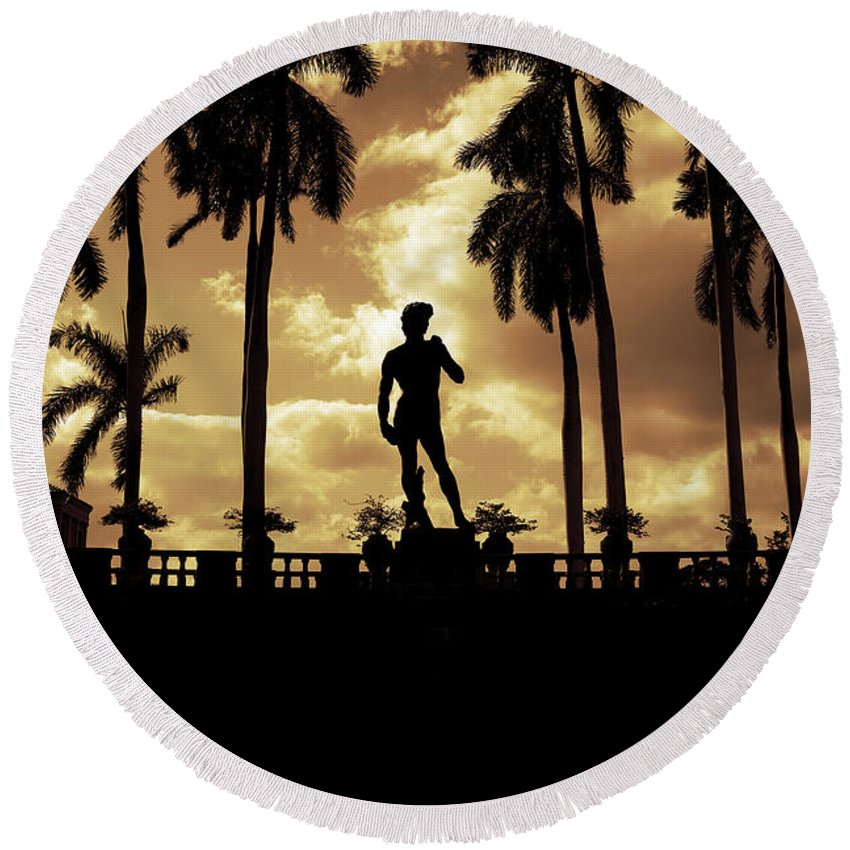 Michelangelo Round Beach Towel featuring the photograph Replica Of The Michelangelo Statue At Ringling Museum Sarasota Florida by Mal Bray