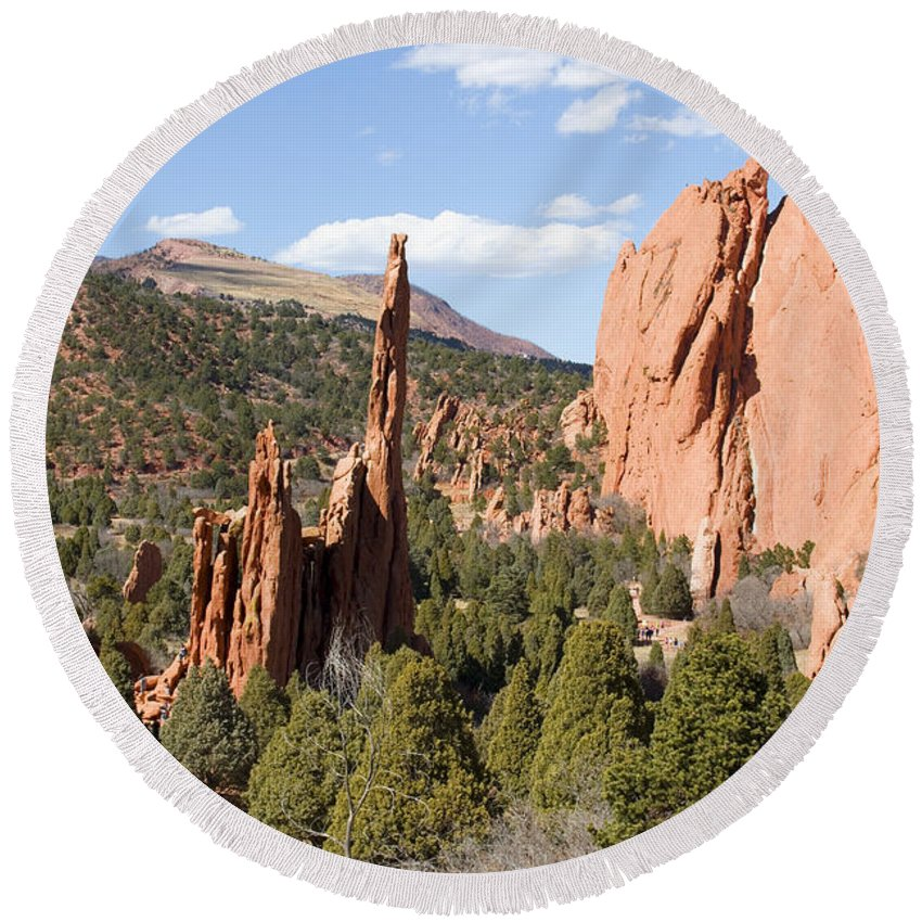 Garden Of The Gods Round Beach Towel featuring the photograph West Garden Of The Gods by Steve Krull