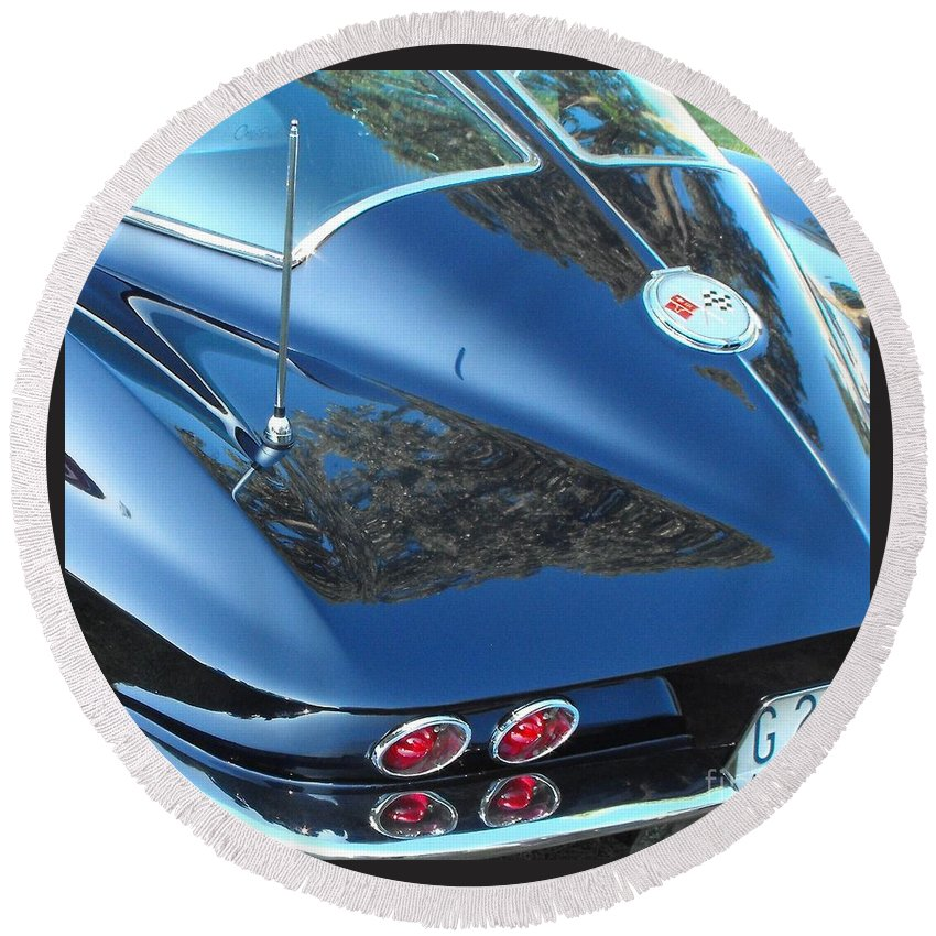 Stingray Round Beach Towel featuring the photograph 1963 Corvette by Neil Zimmerman
