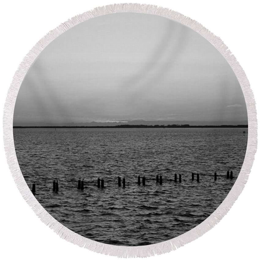Ft Myers Round Beach Towel featuring the photograph A Beautiful Heist by Michiale Schneider