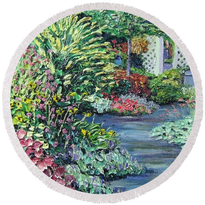 Garden Round Beach Towel featuring the painting Amelia Park Pathway by Richard Nowak