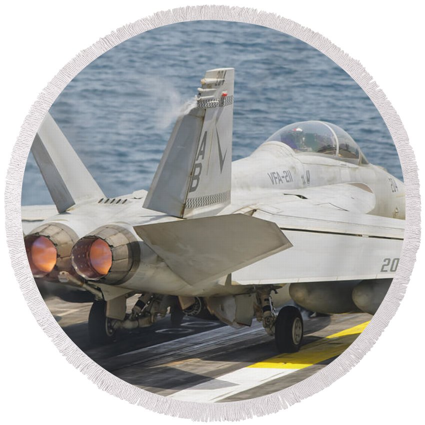 Horizontal Round Beach Towel featuring the photograph An Fa-18f Super Hornet Taking Off by Giovanni Colla