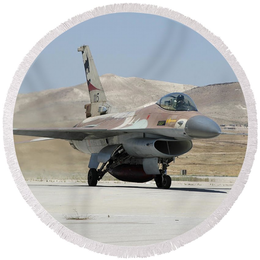Horizontal Round Beach Towel featuring the photograph An Israeli Air Force F-16a Netz Taxiing by Riccardo Niccoli