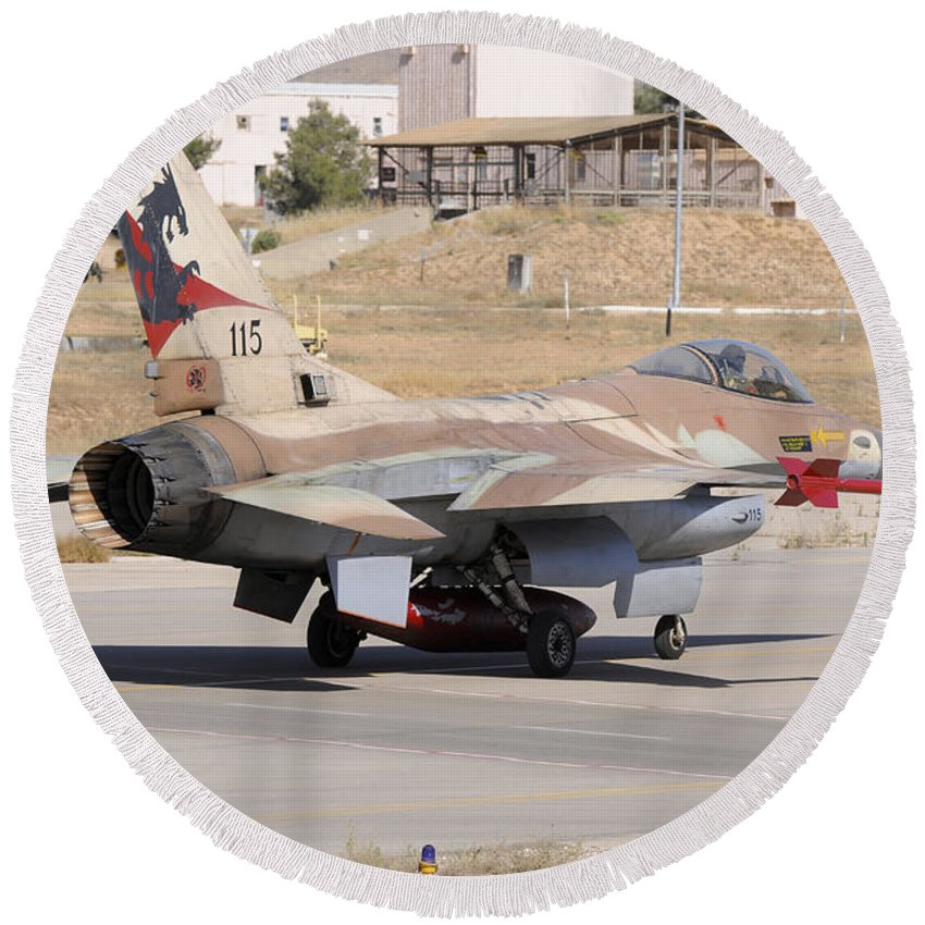 Horizontal Round Beach Towel featuring the photograph An Israeli Air Force F-16b Netz Taxiing by Riccardo Niccoli