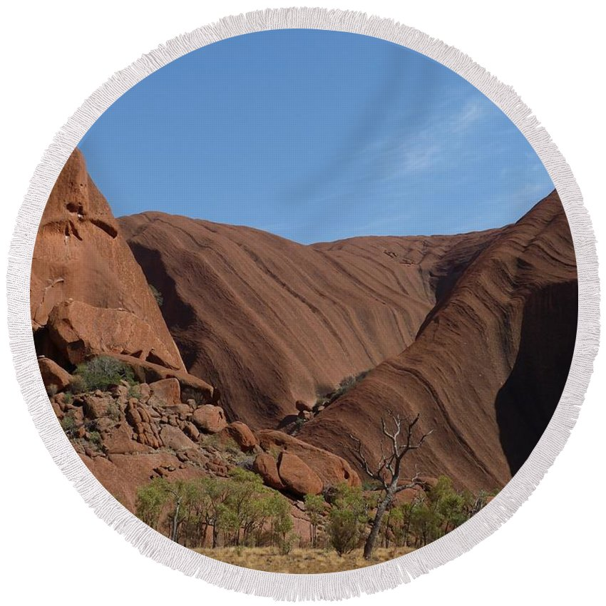 Ayers-rock Round Beach Towel featuring the photograph Australia by FL collection