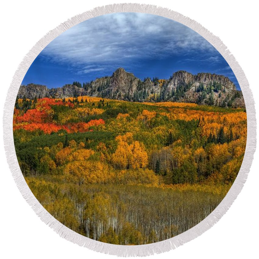 Autumn Landscape Round Beach Towel featuring the photograph Autumn Crown by Bill Sherrell