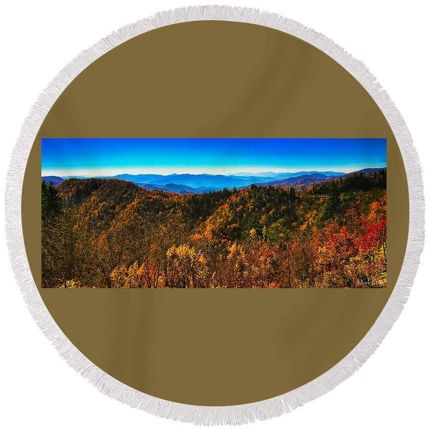 Tennessee Round Beach Towel featuring the photograph Autumn In The Smokies by Mark Fuge