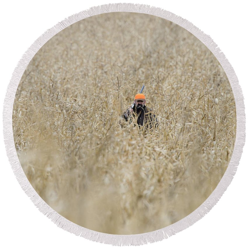 Round Beach Towel featuring the photograph Barnes20 by Chip Laughton