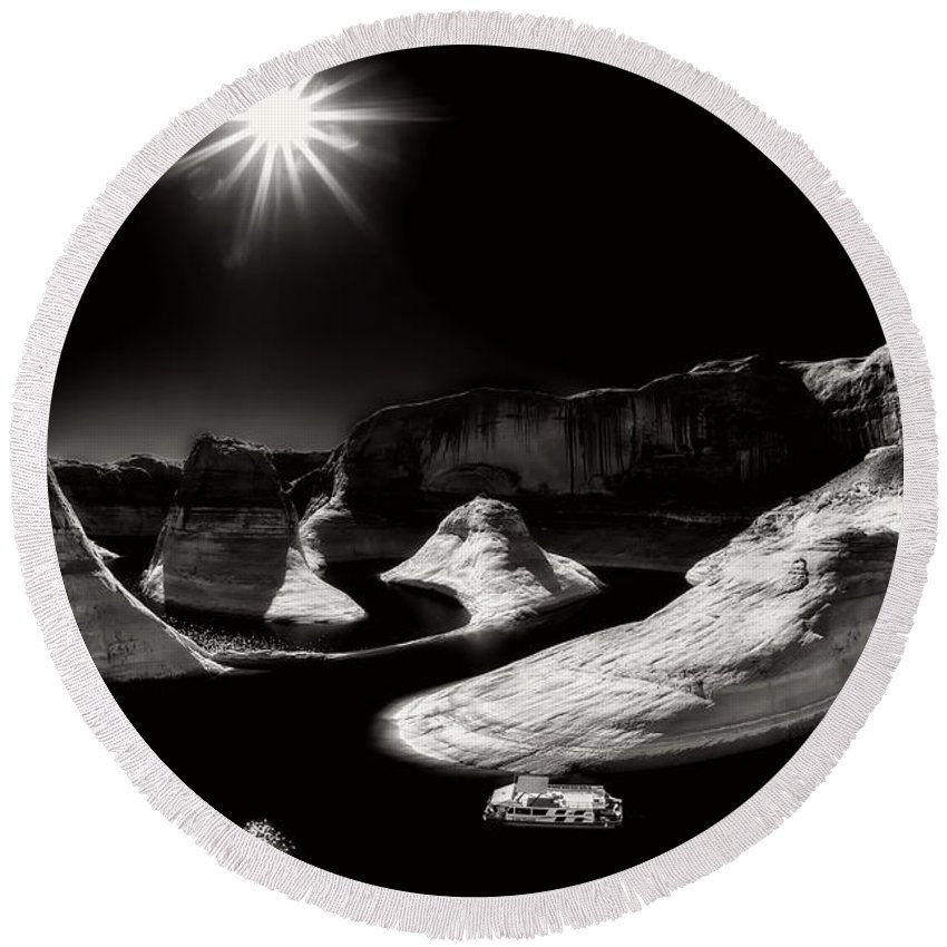 Lake Powell Round Beach Towel featuring the photograph Beautiful Lake Powell by Gary Ladd