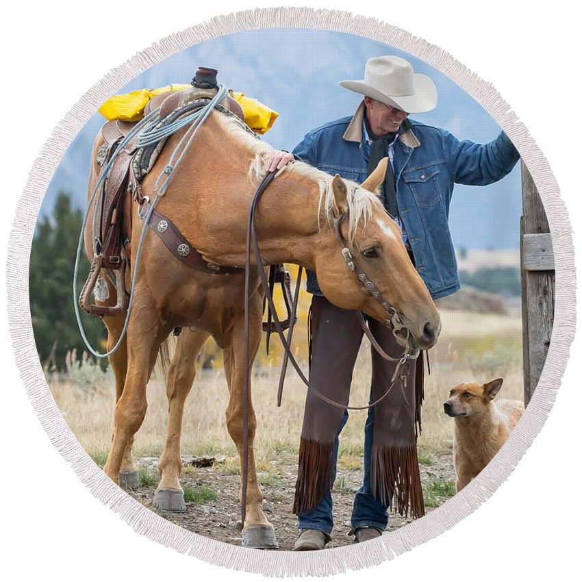 Cowboys Round Beach Towel featuring the photograph Best Friends by Jack Bell