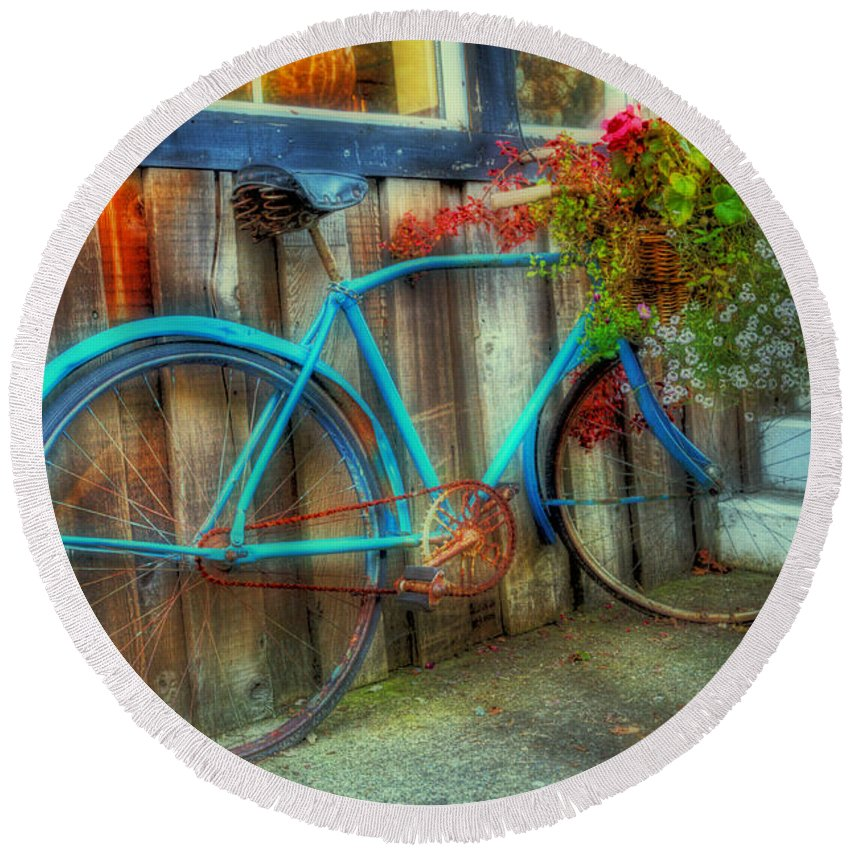 Bike Round Beach Towel featuring the photograph Bicycle Art 1 by Bob Christopher