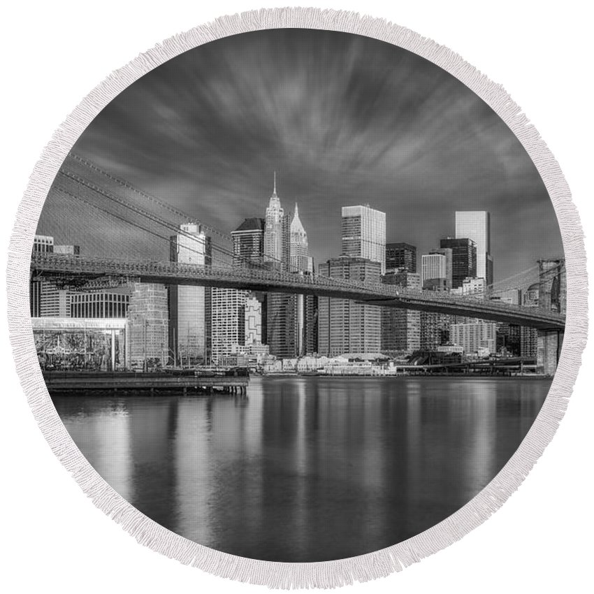Brooklyn Bridge Round Beach Towel featuring the photograph Brooklyn Bridge From Dumbo by Susan Candelario
