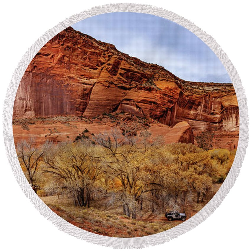 Hogan Round Beach Towel featuring the photograph Canyon De Chelly by Mike Penney