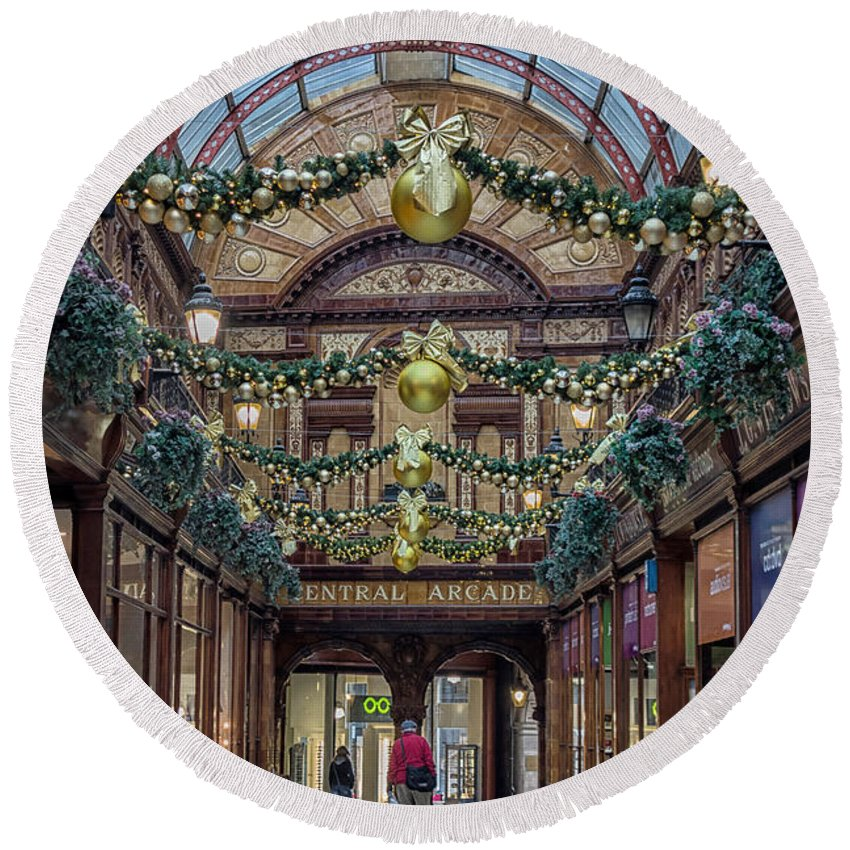Central Round Beach Towel featuring the photograph Christmas Arcade by David Pringle