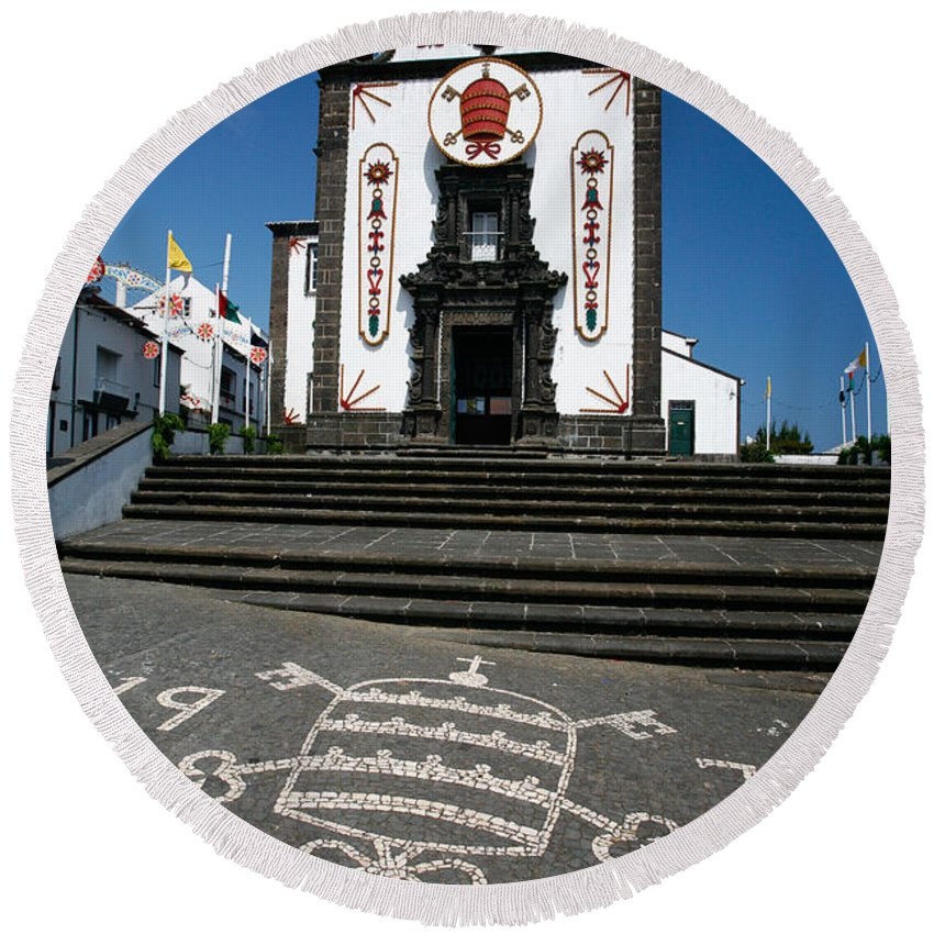 Architecture Round Beach Towel featuring the photograph Church In The Azores by Gaspar Avila