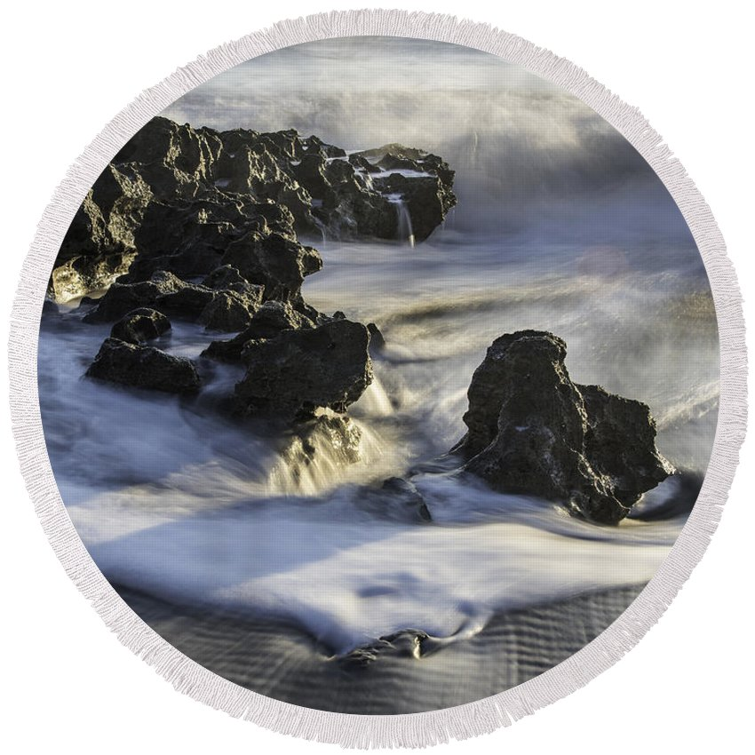Coral Cove Round Beach Towel featuring the photograph Coral Cove Park 4430 by Bob Neiman