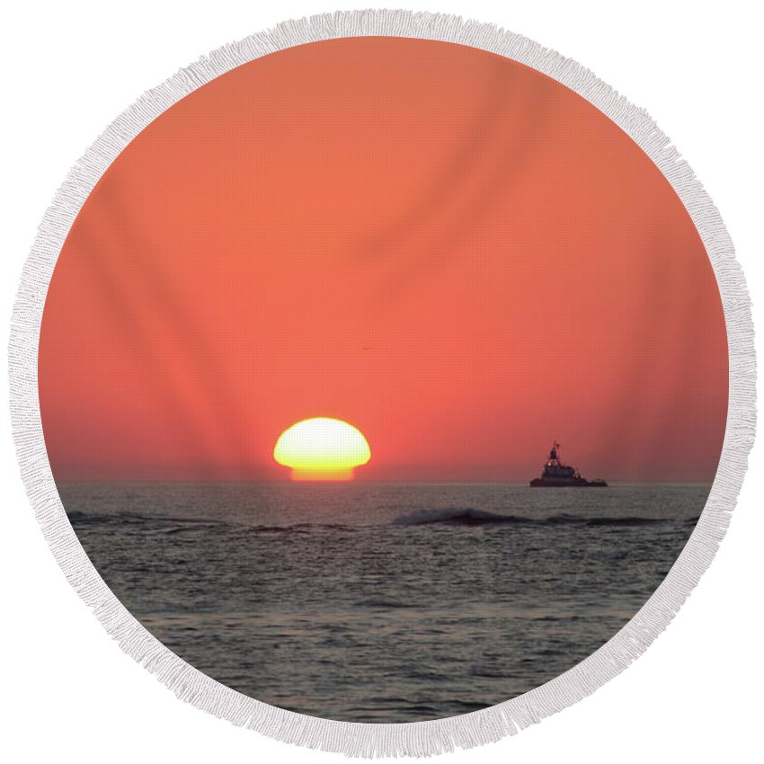 Fishing Round Beach Towel featuring the photograph Fishing Boat At Sunrise by Bill Cannon