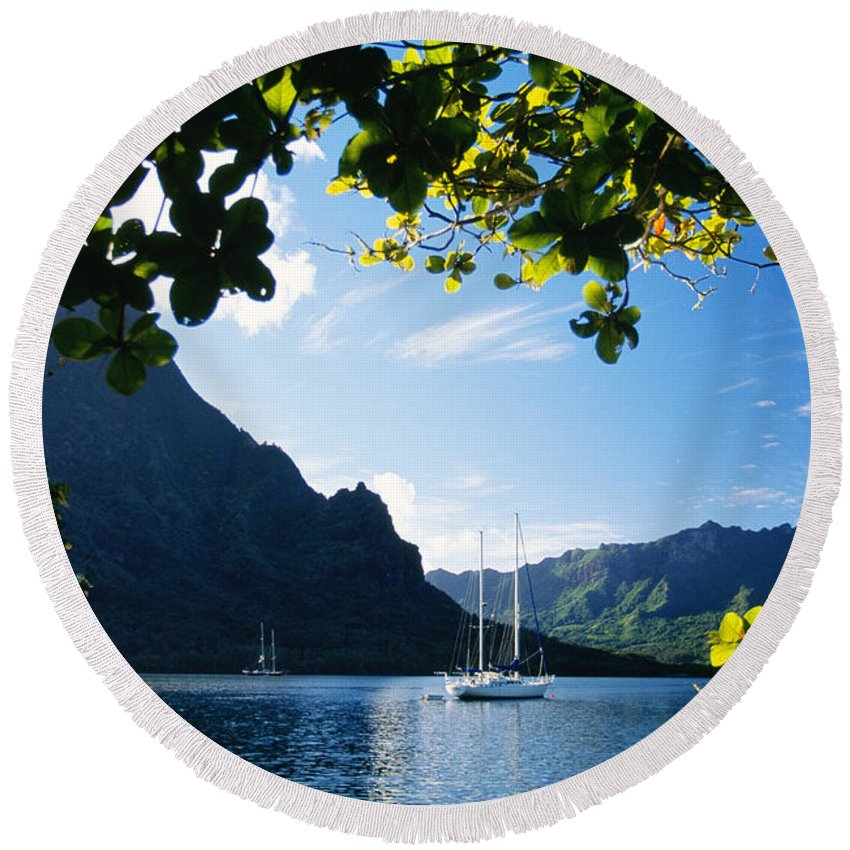 Across Round Beach Towel featuring the photograph French Polynesia, Moorea by Dana Edmunds - Printscapes