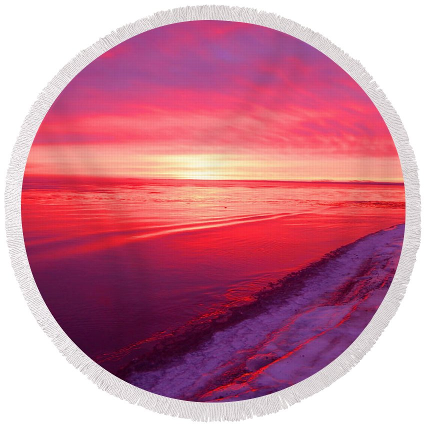 Sunrise Round Beach Towel featuring the photograph Frozen by Alison Gimpel