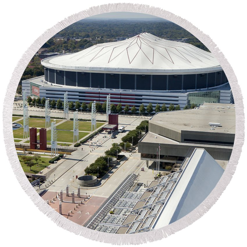 Skyline Round Beach Towel featuring the photograph Georgia Dome In Atlanta by Anthony Totah