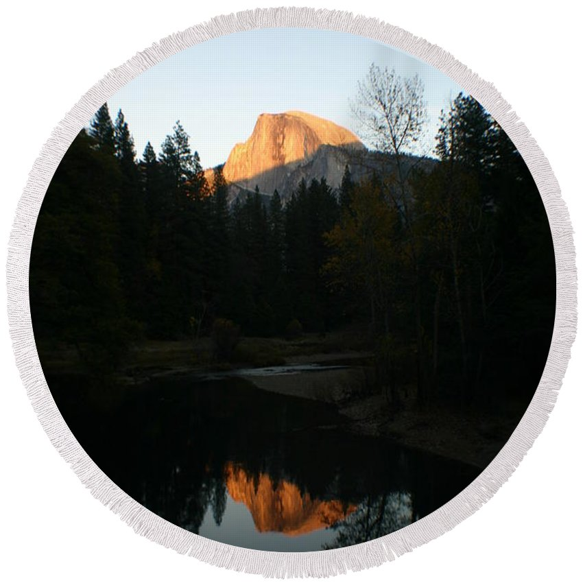 Half Dome Round Beach Towel featuring the photograph Half Dome Sunset by Travis Day