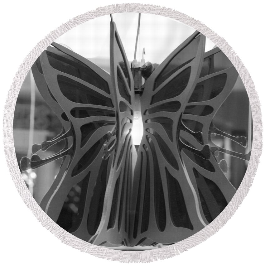 Black And White Round Beach Towel featuring the photograph Hanging Butterfly by Rob Hans