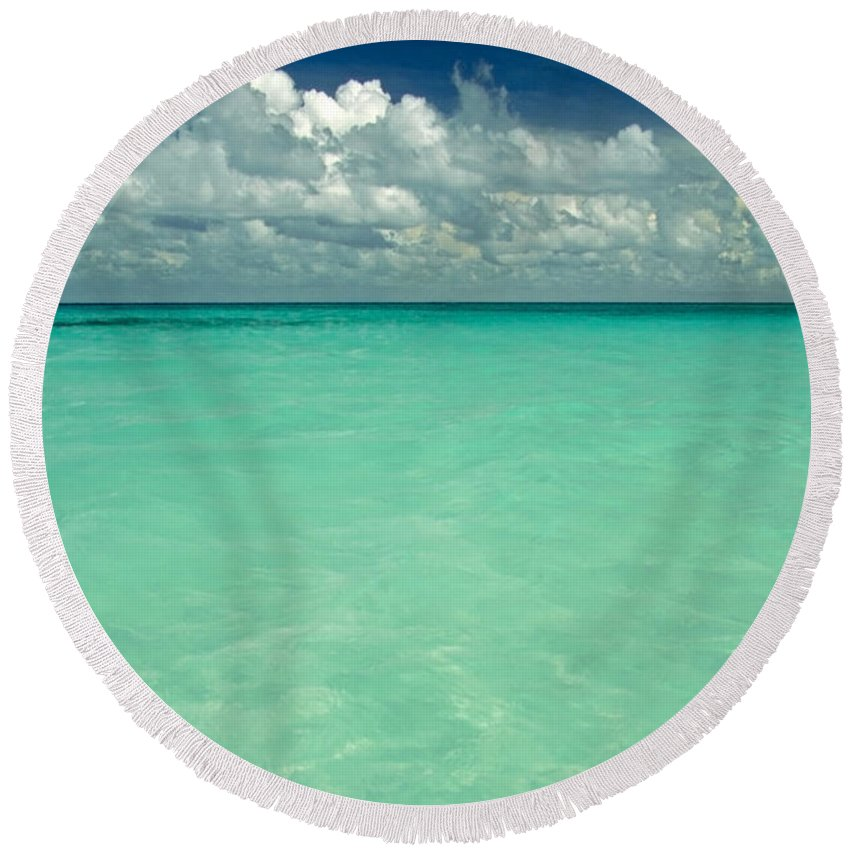 Belize Round Beach Towel featuring the photograph Heaven by Skip Hunt