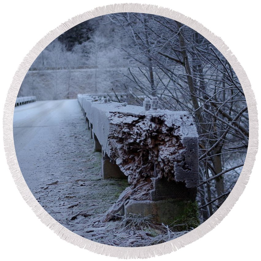Ice Round Beach Towel featuring the photograph Ice Bridge by Cindy Johnston