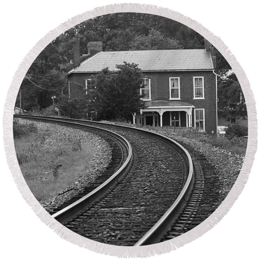 America Round Beach Towel featuring the photograph Jonesborough Tennessee - Curved Train Tracks by Frank Romeo