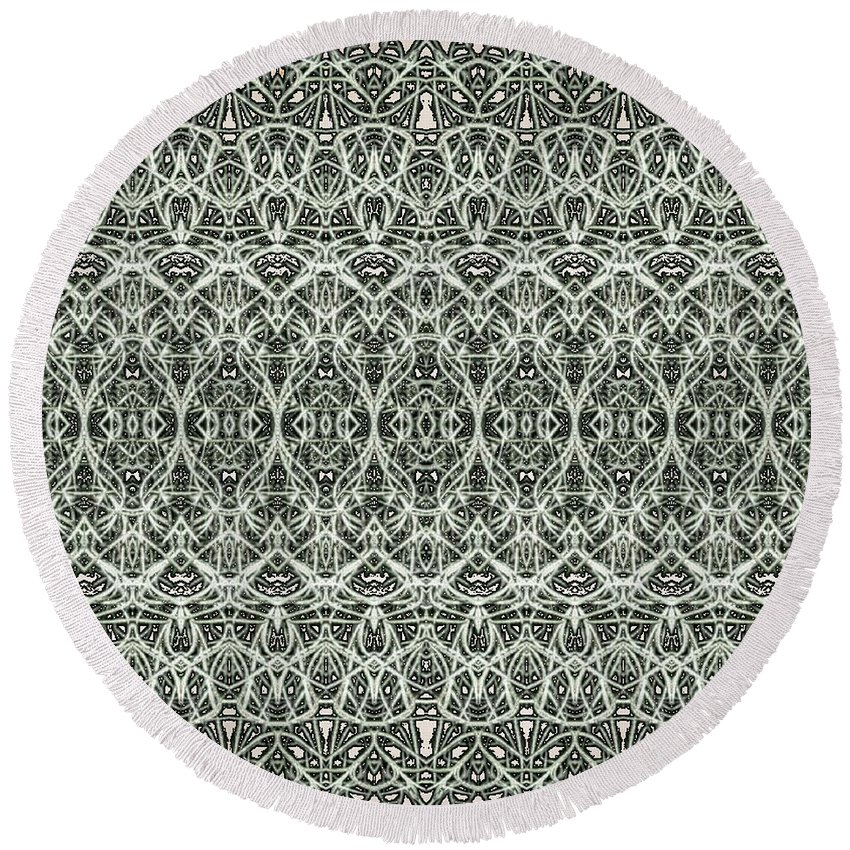 Black And White Round Beach Towel featuring the digital art Lacey Moss by Madelene Varalli