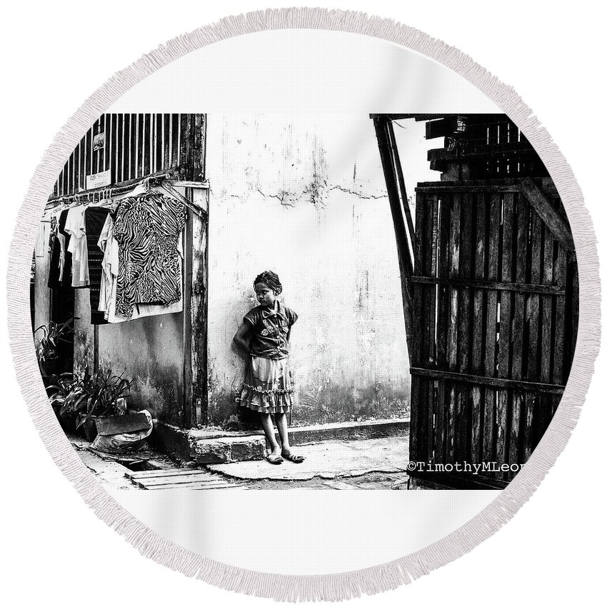 Burma Round Beach Towel featuring the photograph Lonely Girl by Timothy Leonard