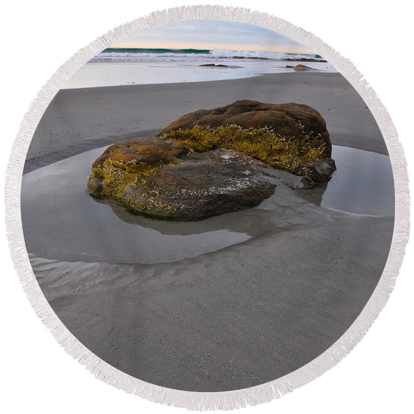 Maine Round Beach Towel featuring the photograph Longsands Rock by Catherine Easton