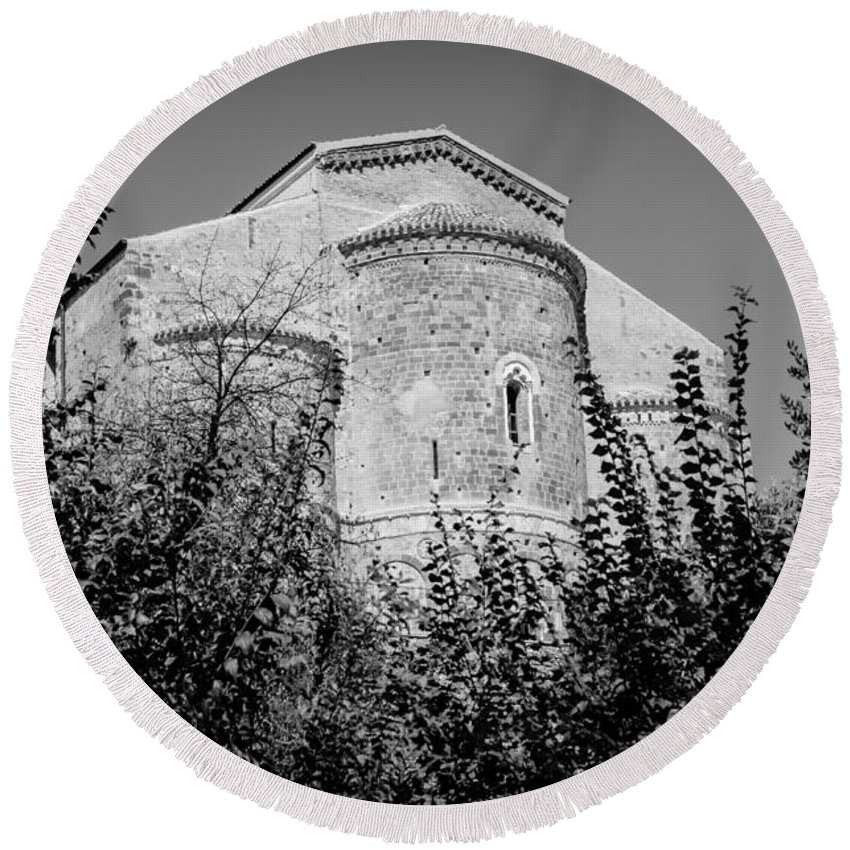 Abbey Round Beach Towel featuring the photograph Medieval Abbey - Fossacesia - Italy 6 by Andrea Mazzocchetti