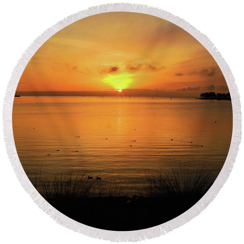 Oysterbay-sunrise Round Beach Towel featuring the photograph Morning Calm by Scott Cameron