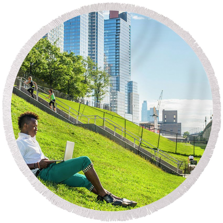 New York Round Beach Towel featuring the photograph New York City Life by Alexander Image